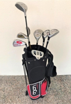 8 Pc Golf Clubs Set With Bag - Preloved